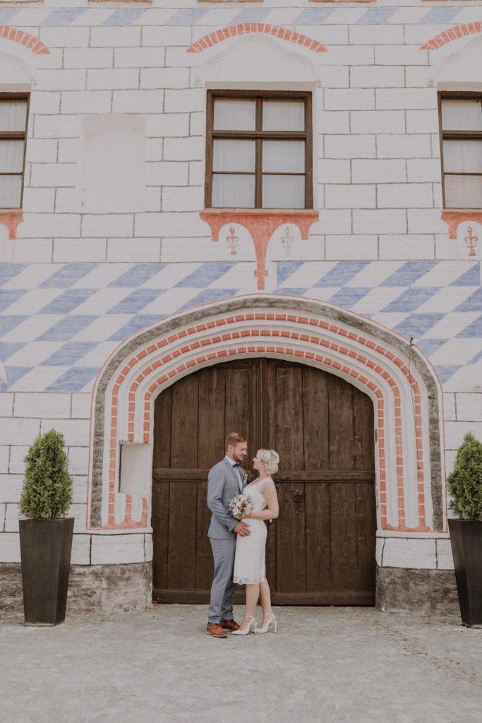 Brautpaar Foto vor der Herzogsburg