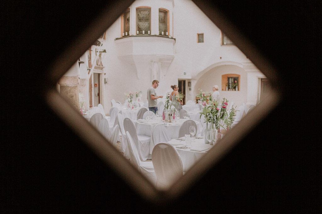 Blick in den Innenhof des Schloss Amerang