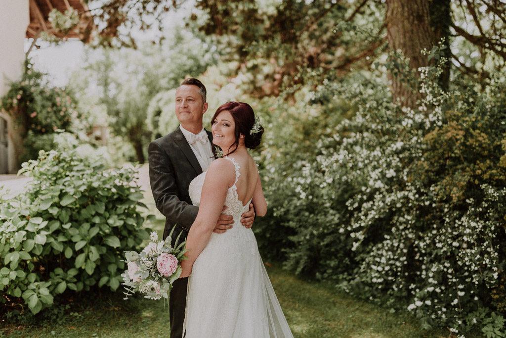 Brautpaar Portraits im Schlossgarten Amerang